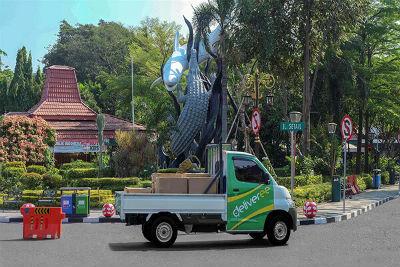 Stiker hijau Deliveree di Surabaya
