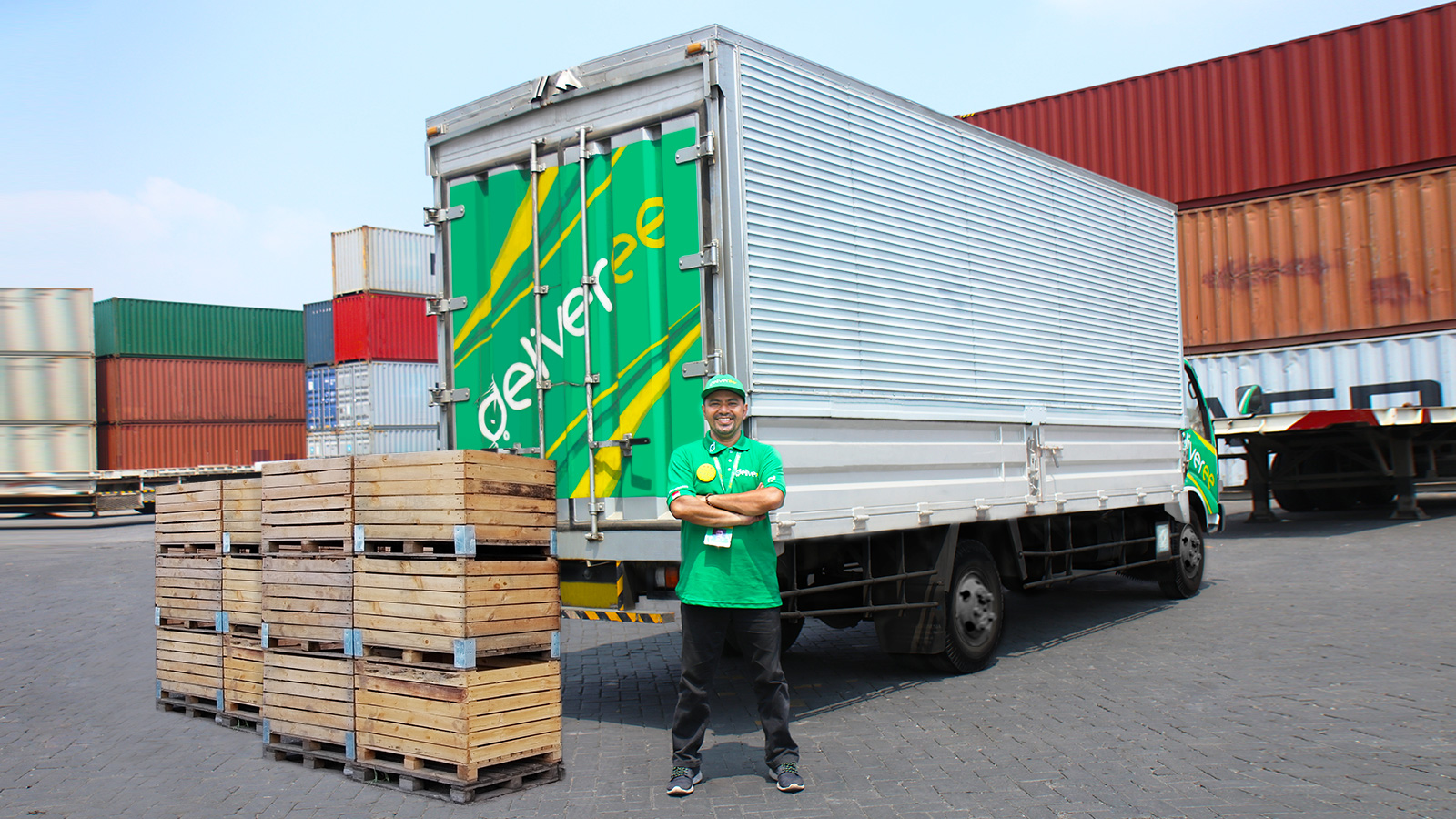 Deliveree Tawarkan Truk Double Long Casis (CDD Long) di Aplikasinya